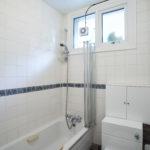 leazes cottage bathroom 1